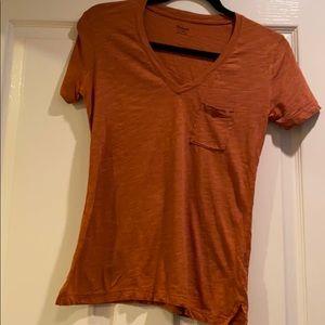 Madewell V-Neck shirt